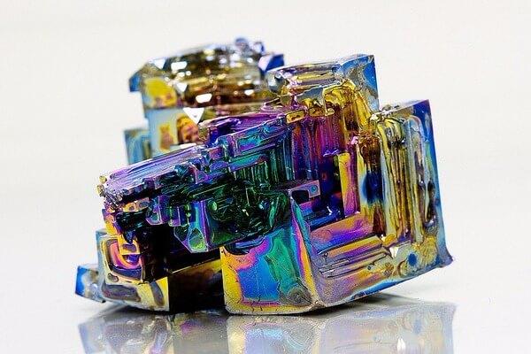 bismuthio apisteuta